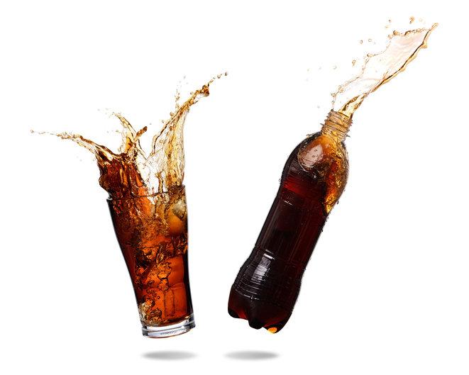 カロリーゼロの人工甘味料、過剰摂取で視野狭窄や多動症、感覚麻痺のリスク