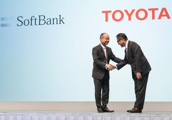 """トヨタ、「自動車は一部品にすぎない」と言い放つソフトバンク孫社長に""""頭を垂れた""""理由"""