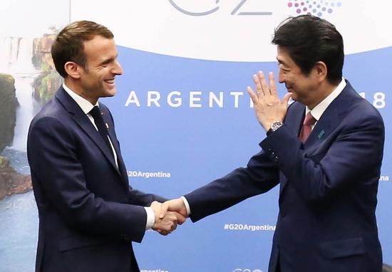 仏マクロン、安倍首相に日産・ルノー介入を要求し拒否される…G20で冷遇、仏国内でも窮地
