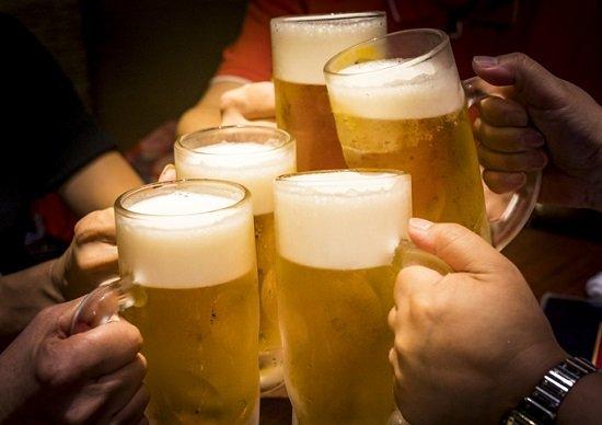 ビール以外でもビール腹になります!間違いだらけ&病気を招く「お酒の常識」