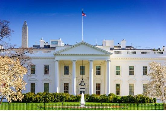 アマゾンが政治都市ワシントンに本社建設の理由…国家権力と一体化するネット企業