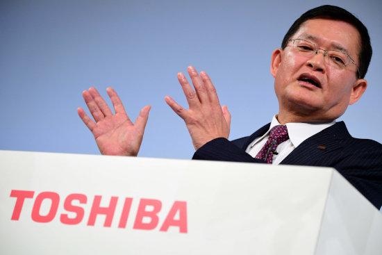 """東芝、メモリ事業売却で得た巨額現金を""""株主""""外資系ファンドに吸い取られる危機"""