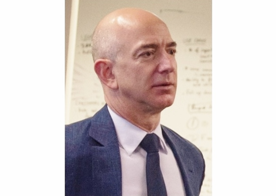GAFA、寡占的に市場支配…アマゾンは純利益11倍、セブンは無人店舗化へ