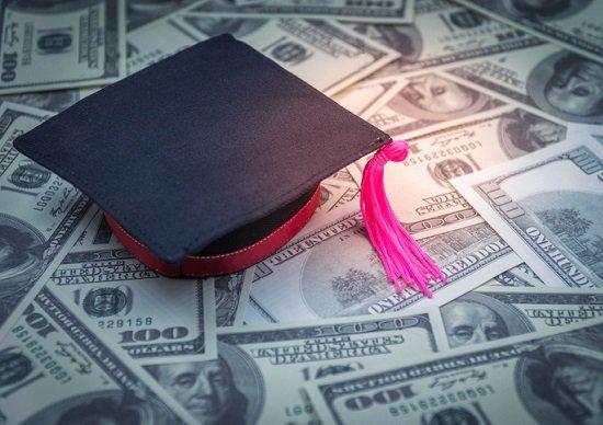 貯蓄額「中央値」は380万円…「就職のために大学進学」は不要に、学びたい人は無償での画像1