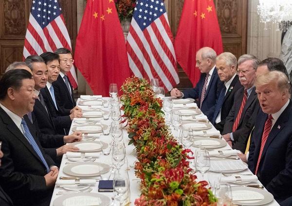 中国、経済危機が現実味…民間債務が異常膨張、貿易赤字に転落、株式市場暴落