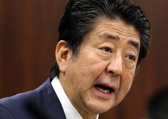 安倍首相と鈴木宗男氏、北方領土「2島返還」でコンビ結成…菅長官、次期首相へ意欲か