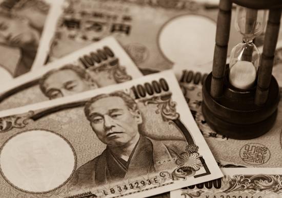 奨学金返済「貧困」の若者たち…月10万円返済も、滞納1カ月でサラ金同然の取り立て