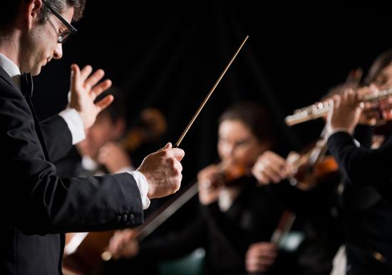 急激に経済発展する国々が、こぞってクラシック・オーケストラを設立する合理的理由