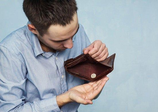 節約しても決してお金は貯まらない…無駄な保険やスマホ等の「固定費」削減で大きな効果