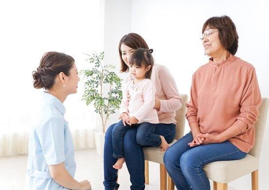 世界でも稀な日本の医療保険、支払う保険料「100万円」はまったく割に合わない