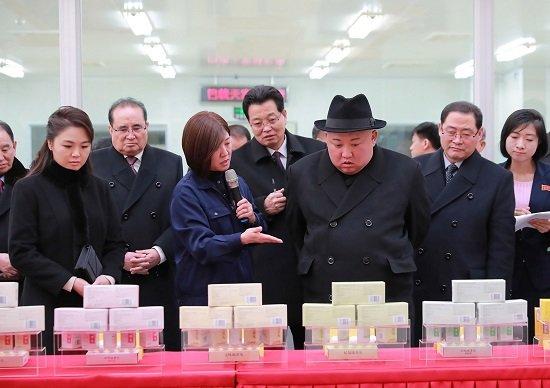 北朝鮮・金正恩氏、中国で精密検査…健康状態に危険な兆候か、暴飲暴食で成人病の可能性