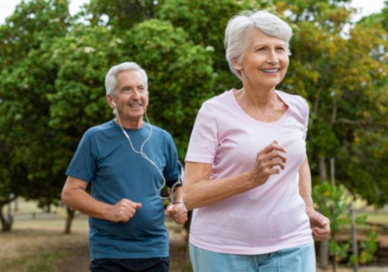 """ラクに脳の認知機能が向上…35分×週3日の歩行+""""DASH食""""で効果との研究報告"""