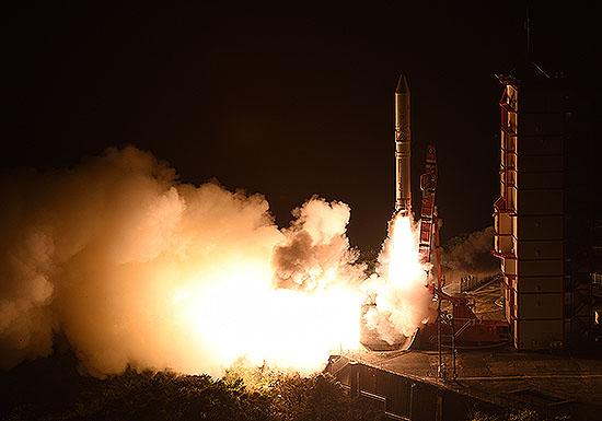 インド、年内に月着陸船を打ち上げ…超小型衛星、世界中で打ち上げ競争激化の理由