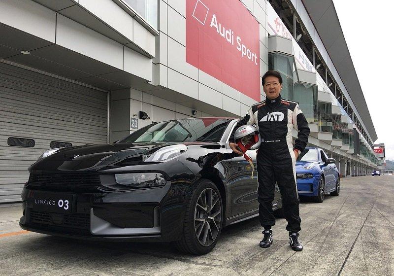 富士スピードウェイを貸し切った中国自動車メーカー発表会に度肝を抜かれた…圧巻の走り心地