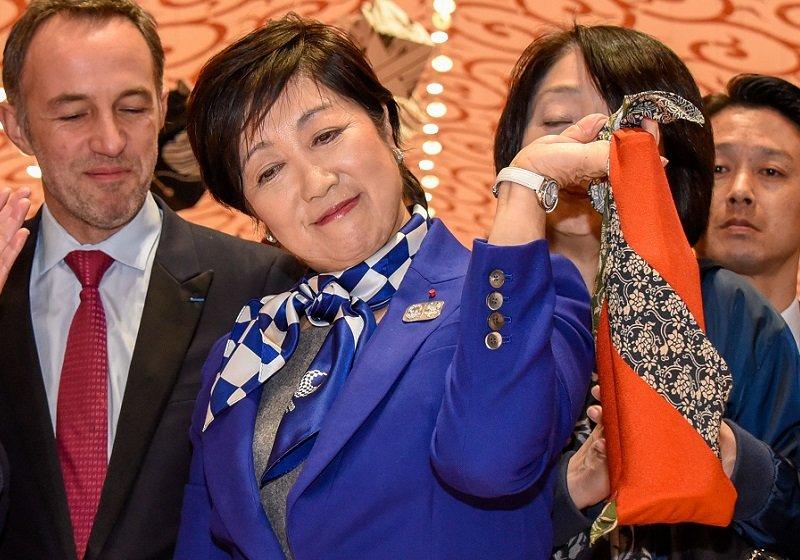 小池東京都知事、議会混乱時に政治資金パーティ開催…築地跡地購入に5千億円税金投入か