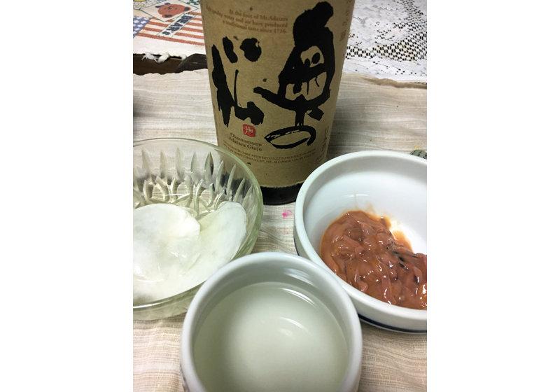 """日本人の""""日本酒離れ""""が深刻…国内出荷量が3分の1に激減した理由"""