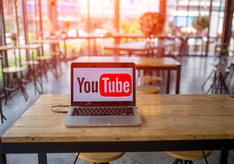 【YouTube】動画と動画の合間に入る広告を簡単にブロックしたい!