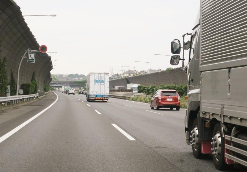 """高速道路""""最高速度120km/h時代""""のクルマの選び方&走り方"""