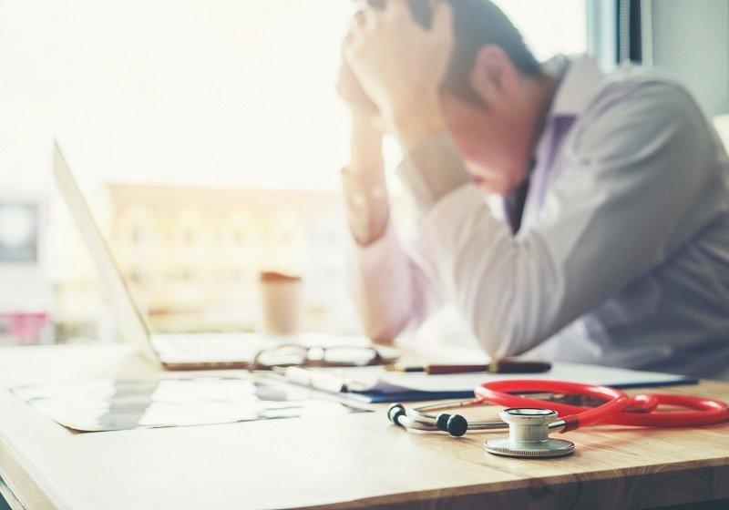 4月から「無駄な医療」根絶の動き本格化…医師の過重労働是正、従来並み医療維持は困難の画像1