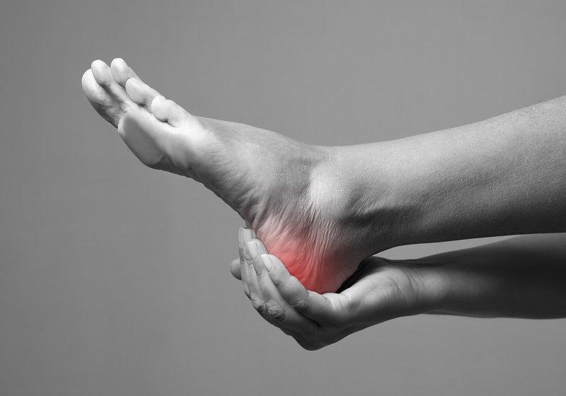 足裏用の角質ケアパック、火傷で重症の被害相次ぐ…国が注意喚起、酸が高濃度で危険