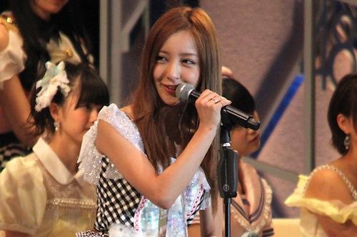 板野AKB卒業公演、メンバーが見送りの言葉「心配」「遅刻が思い出」「羨ましかった」の画像1
