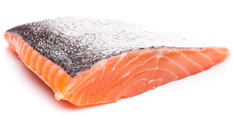 一部の養殖サーモンに要注意?ダイオキシン検出量が11倍の例も、エサに豚肉や植物油脂の画像1
