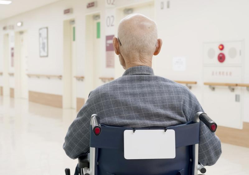 """老人ホーム、倒産激増…介護報酬の不正請求が原因も、""""終の棲家""""問題が深刻化の画像1"""