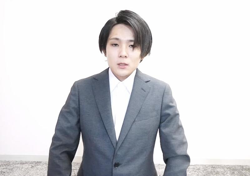 スーツ youtuber