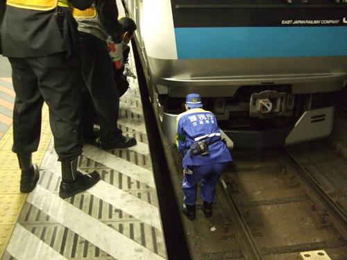 鉄道の人身事故、関東で増加、年間600件で毎日1人以上が自殺~警察は情報開示拒否の画像1