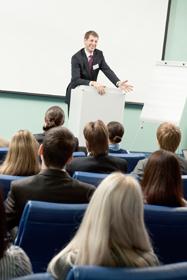 ビジネスを成功に導くボイトレ?プレゼンや交渉で信頼感・説得力を与える声と話し方の画像1