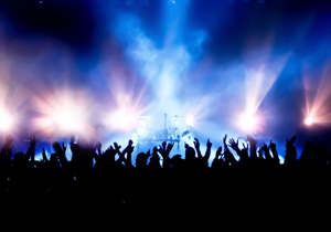 音楽市場、なぜ復調の兆し?盛り上がるネット定額サービスとライブ動員増が牽引