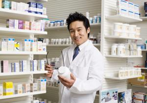 就職、理系人気・文系不調が鮮明に~薬剤師は超売り手市場で高初任給も