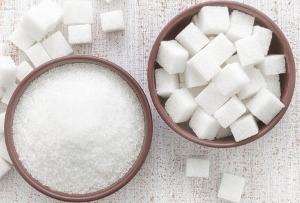 厚労省、20年に日本初の糖類摂取量基準策定へ~消費者庁の対応次第では非表示の懸念もの画像1