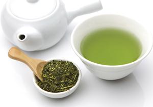 緑茶、なぜ輸出額1.5倍に?各社商品開発で工夫、政府も日本食ブームとセットで後押し
