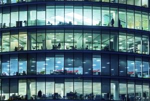 残業代ゼロ・ルール、ブラック的企業の長時間労働を助長する懸念と、その経済合理的理由