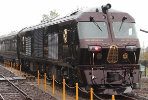 好調のJR九州、上場計画の目玉に暗雲?鉄道事業の赤字、基金頼み経営から脱却なるか
