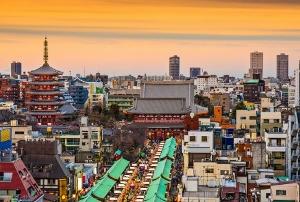 多国籍化する浅草界隈、なぜ外国人旅行者増?地元発のグローバル戦略と、地道な努力