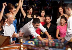 カジノ法案審議入り、重要論点を総点検 公営or民営、誘致活動、参入と入場の規制の画像1