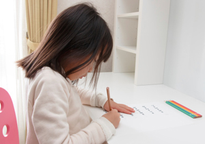 宿題代行業者「詐欺批判はまったく的外れ」 受験過熱でニーズはさらに増える?