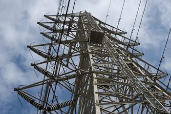 """""""駄々っ子""""大手電力、停電起こしてもスマートグリッドNOの画像1"""