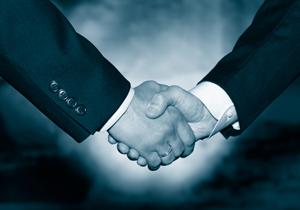 中小企業同士のM&A、なぜ急増?深刻化する後継者不足、誤ると業績停滞のリスクもの画像1
