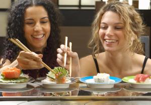 回転寿司店のお茶用給湯ボタン、硬すぎません?回転寿司店から説得力ありすぎの回答の画像1
