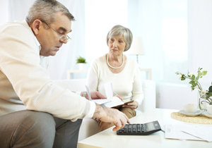 高齢者世帯の4割は老後破産状態?少ない年金、住宅ローン、子どもの借金…貯蓄4千万でも危険の画像1