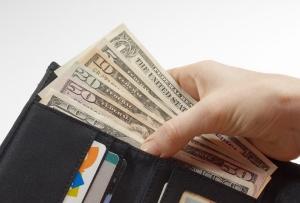 人はなぜ無駄遣いをしてしまう?支出を減らし、無理なく節約できるスマホ活用術
