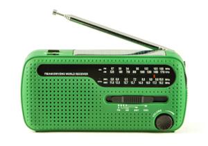 """ラジオは""""死んだ""""のか?知られざるとてつもないラジオの力 無数の被災者を救っていた!の画像1"""