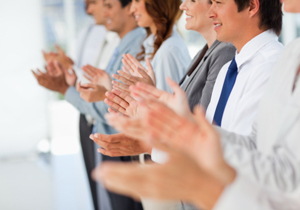 とにかく従業員をほめなさい!やっかいなバイトテロ急増、目立ちたがり行為どう防ぐ?