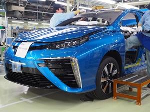 なぜトヨタは世界初FCV「ミライ」を市販できたのか 不可能を可能にした20年の格闘