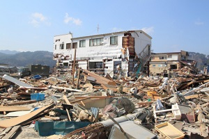 エボラが日本で流行したら起こる最悪の事態 誰が誰に何を指示できるのか?原発事故の悪夢の画像1