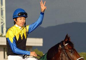 大人気・藤田菜七子騎手が真っ赤っか! 武豊「超絶リップサービス」に見る競馬界