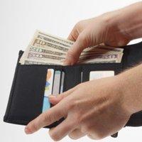"""アメリカ人の""""衝撃的な""""財布事情~現金持たない、コインはそのままポケット…"""